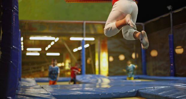 Girl (11) awarded €36,000 over leg break on fun centre trampoline